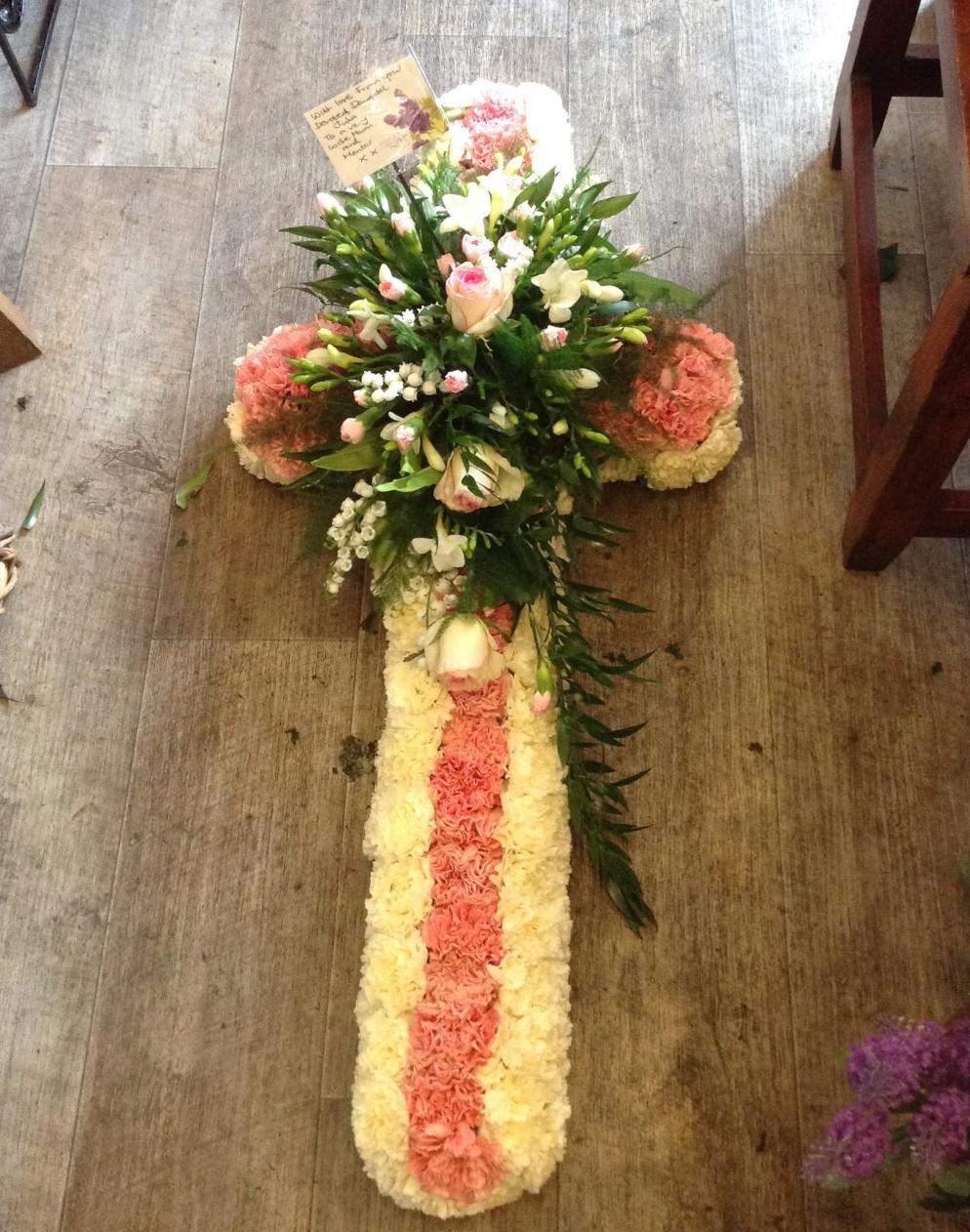 3ft Carnation Cross